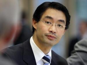 Đức: Âm mưu lật Phó Thủ tướng gốc Việt trong FDP