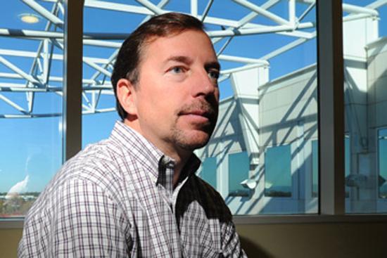 CEO Yahoo Scott Thompson lên tiếng sau 'lùm xùm' bằng cấp