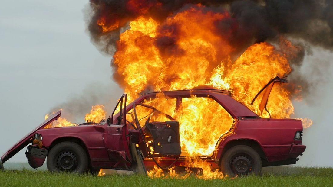 Những thủ phạm đáng sợ có thể khiến ô tô tự bốc cháy