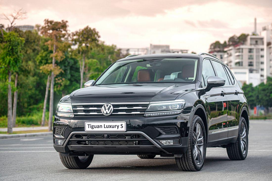 Volkswagen Tiguan 2021 giá từ 1.7 tỷ đồng, Mercedes-Benz GLB 200 có thêm đối thủ