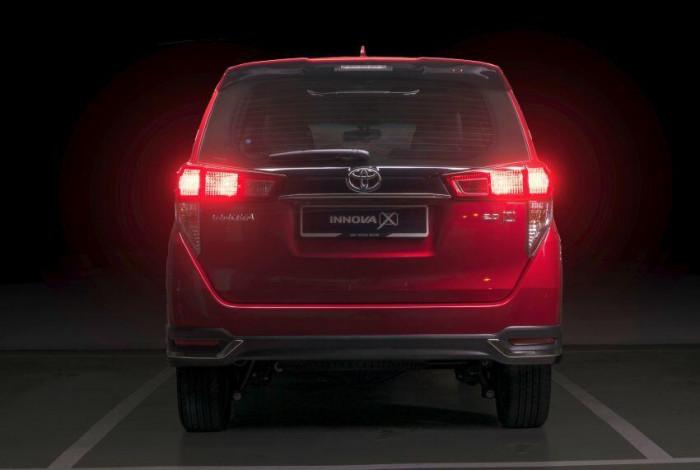 toyota-innova-2021-matured-malaysia-highest-price-699-million-dong