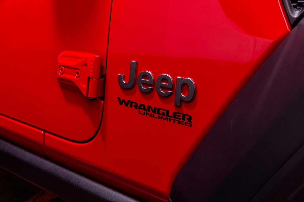 jeep-wrangler-1941-edition-chi-san-xuat-41-chiec-gia-hon-81-000-usd