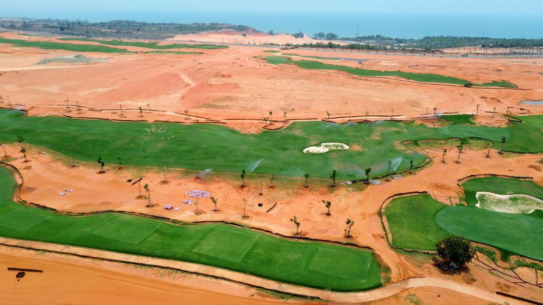 can-canh-san-golf-tieu-chuan-pga-tai-novaworld-phan-thiet-truoc-ngay-khai-truong
