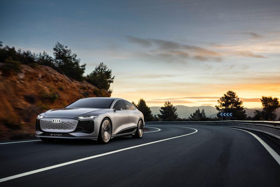 Audi A6 ra mắt phiên bản chạy điện
