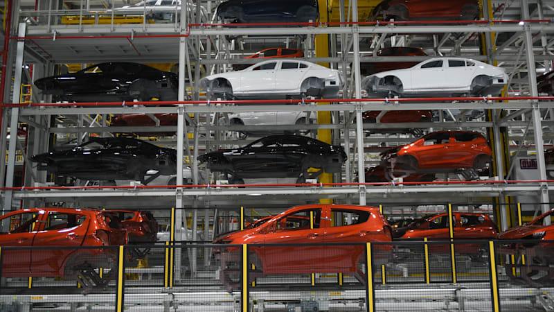 Bên trong nhà máy sản xuất ô tô của Vinfast
