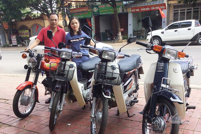 doi-vo-chong-me-xe-may-co-khach-tra-150-trieu-khong-ban