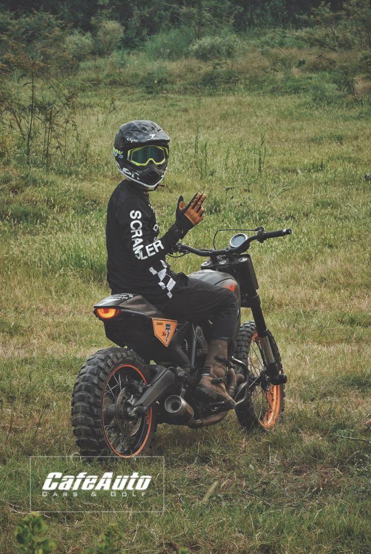 Ducati Scrambler Flat Track-Cafeauto-8