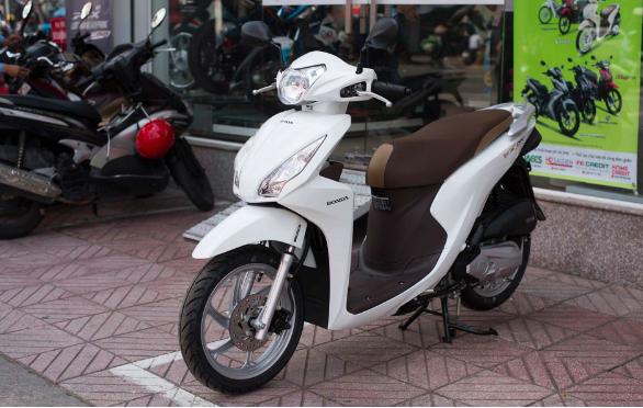 Honda Vision-Cafeauto-3