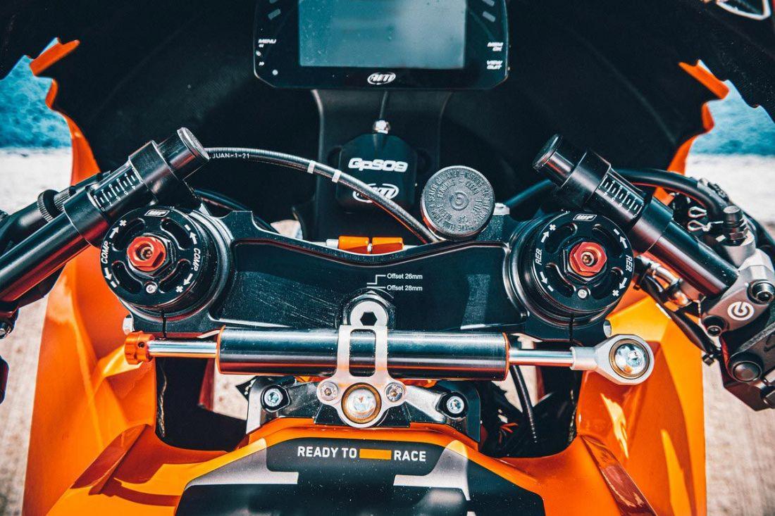 KTM RC 8C-Cafeauto-3
