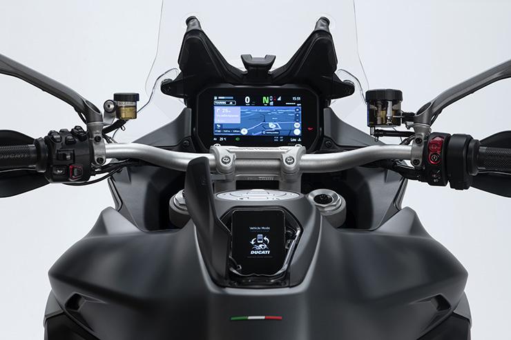 Ducati Multistrada V4 2021-Cafeauto-4