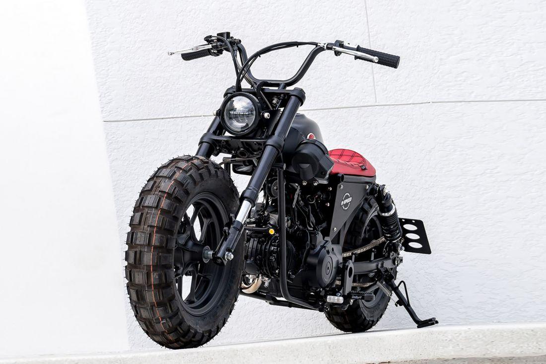 xe-la-honda-monkey-2021-noi-bat-voi-phong-cach-bobber-doc-la