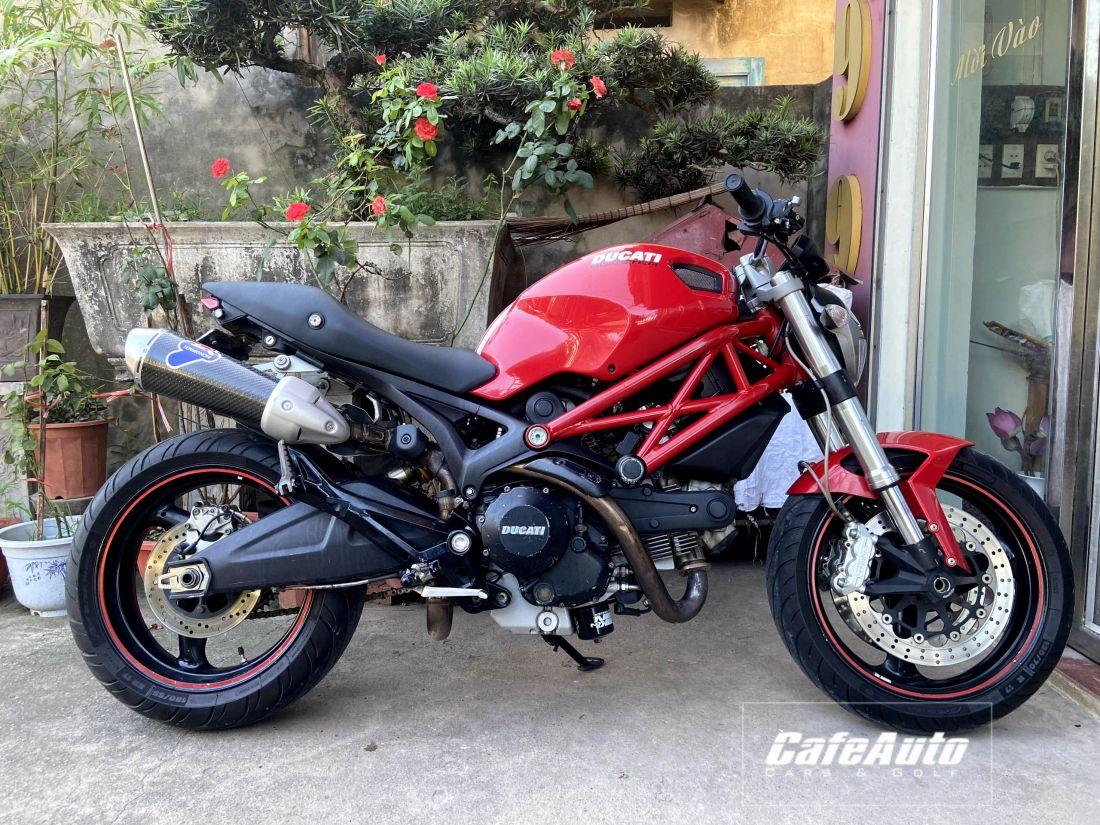 Ducati-Cafeauto-2