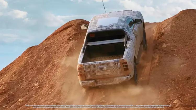 ford-ranger-nha-hang-nhung-hinh-anh-dau-tien-cua-the-he-moi