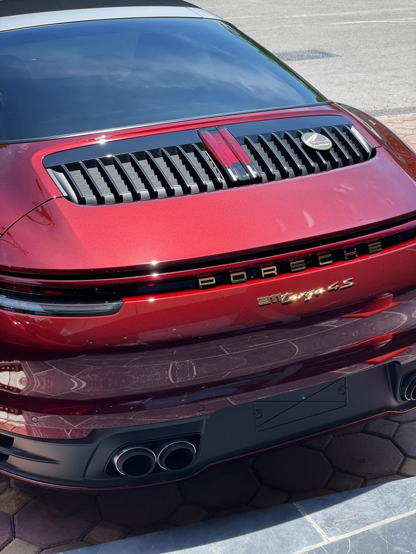 Porsche-911-Heritage-Design-Edition-thu-hai-tai-Viet-Nam