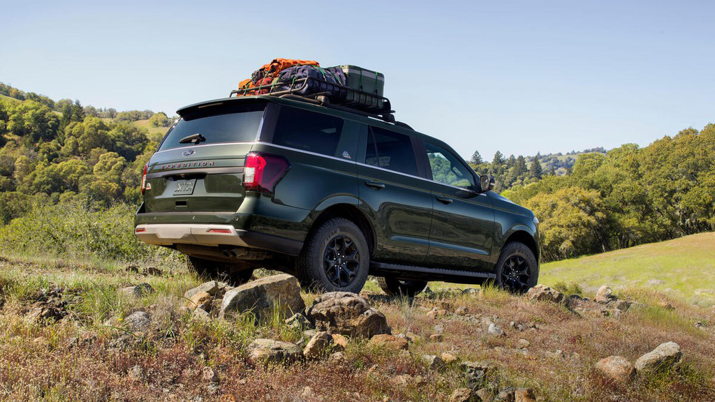 suv-co-lon-ford-expedition-co-ban-nang-cap-moi-them-bien-the-choi-off-road
