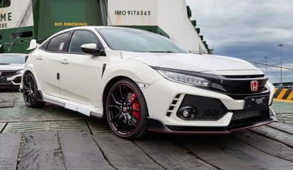 Honda Civic Type R cập cảng, chờ ngày ra mắt Vietnam Motor Show