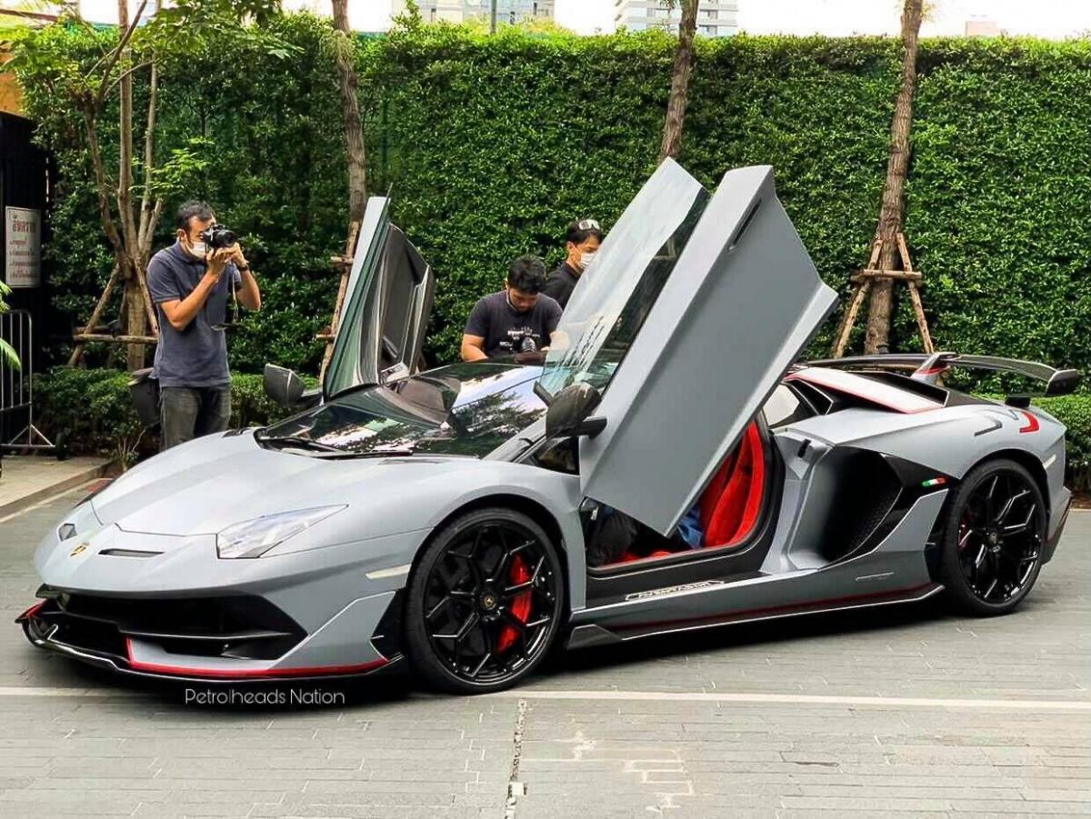Lamborghini Aventador thứ 10.000 tại Thái Lan.