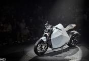 Hãng xe Trung Quốc ra mắt 2 mẫu xe máy điện tự cân bằng