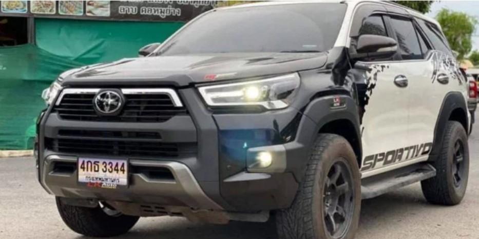 Toyota Fortuner độ Toyota Hilux