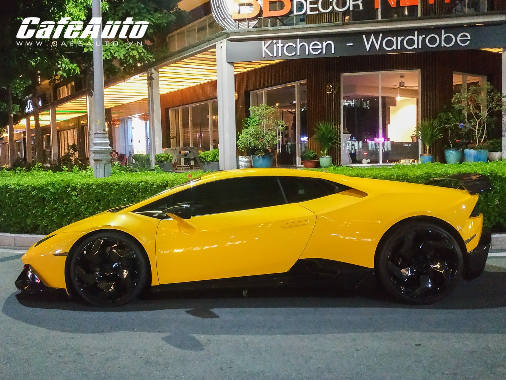 huracanmansory-cafeautovn-15