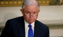 Bộ trưởng Tư pháp bất ngờ phản pháo Tổng thống Trump