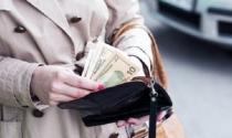 'Hái ra tiền' từ nghề chỉ cho triệu phú mới nổi cách tiêu xài