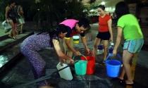 Mùa hè ở chung cư: Nỗi lo thiếu nước sạch