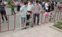 Hà Nội: Tranh chấp hàng rào căng thẳng ở khu đô thị hạng sạng