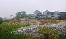 Quy hoạch bán đất dưới lòng sông, Chủ tịch huyện bị kỷ luật