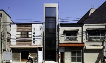"""""""Nhà 1,8m"""" với thiết kế thông thoáng ở Nhật Bản"""