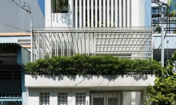 Không gian thoáng mát của căn nhà 53m2 ở Sài Gòn nổi bật trên báo ngoại