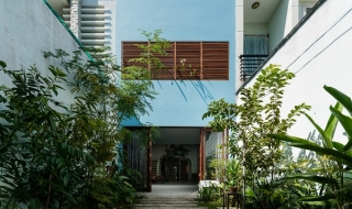 Ngôi nhà có nhiều khoảng trống ngập nắng ở Vũng Tàu