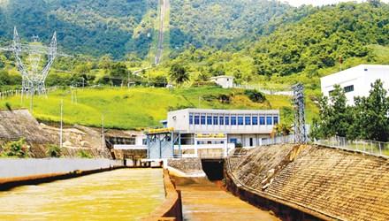 Hai năm gần đây EVN luôn có lãi hàng nghìn tỷ đồng/năm (Ảnh minh họa Nhà máy Thủy điện Đa Nhim). Ảnh: Hồng Vĩnh