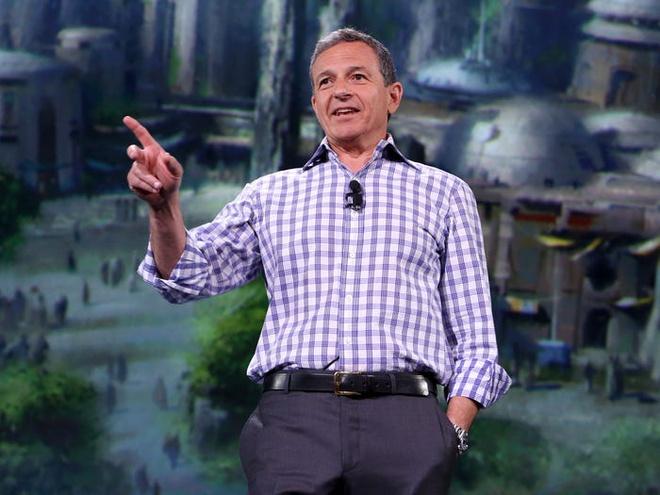 1 1582965452 Chủ tịch Disney Bob Iger kiếm và tiêu tiền xa xỉ như thế nào?