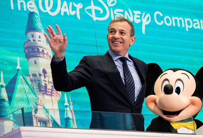 2 1582965469 Chủ tịch Disney Bob Iger kiếm và tiêu tiền xa xỉ như thế nào?