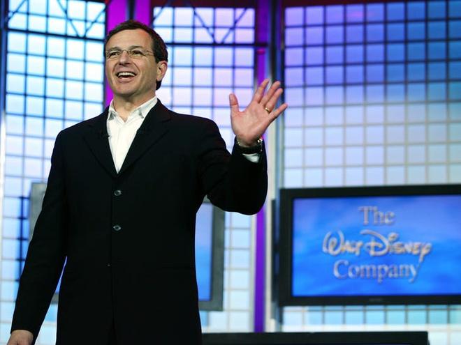 6 1582965550 Chủ tịch Disney Bob Iger kiếm và tiêu tiền xa xỉ như thế nào?