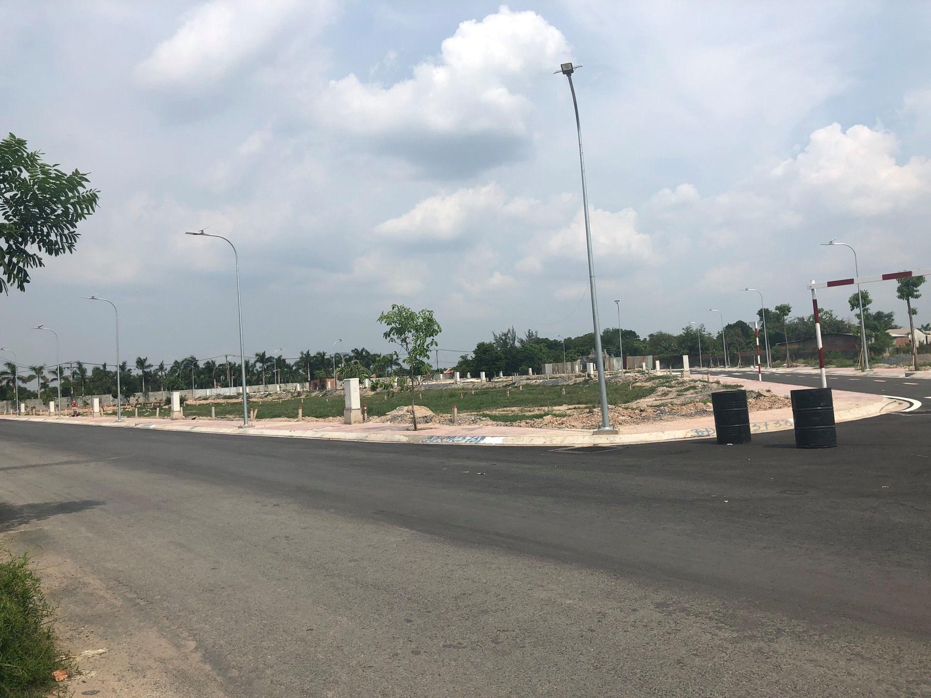 Hạ tầng dự án đất nền trong khu dân cư Tân Phú Trung đang trong quá trình thi công