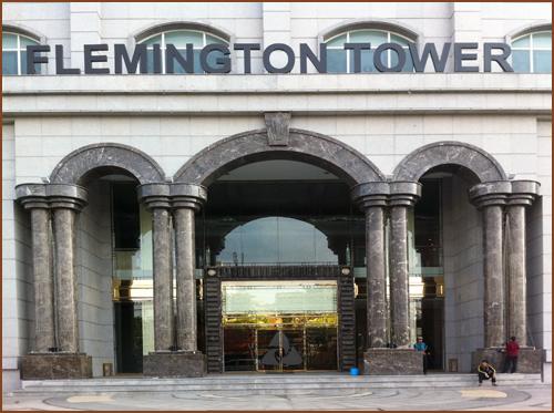 The Flemington Tower: Chẻ Penthouse thành căn hộ
