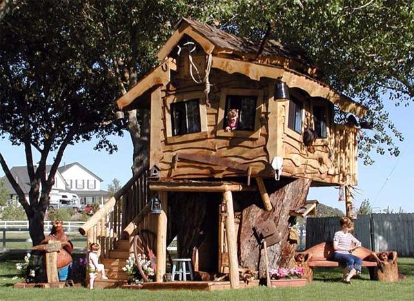 Nhà cây The Monstro II với thiết kế đẹp và thu hút sự chú ý đến từng chi tiết. Ngôi nhà đặc biệt thiết kế làm nơi vui chơi cho trẻ em này có giá 40.000 USD.