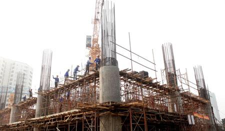 Theo Bộ Xây dựng, hiện nay nhiều địa phương chưa triển khai mạnh việc rà soát và phân loại dự án, kết quả thực hiện việc tạm dừng nhìn chung chưa đạt yêu cầu. Ảnh: Hải Anh