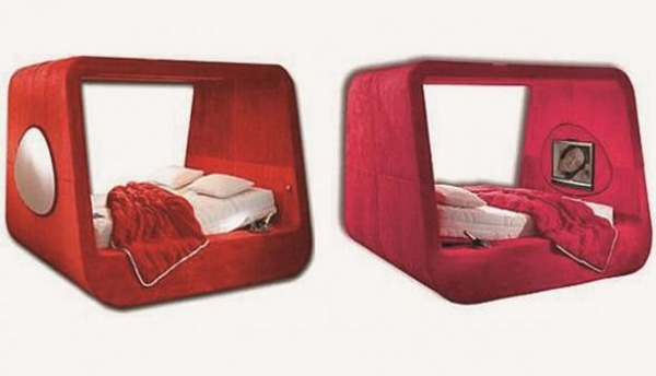 Được thiết kế bởi Karim Rashid, giường Sphere là sự lựa chọn tổng hợp cho tất cả các loại giường bao gồm TV, gương, giá rượu champagne và hệ thống đèn LED. Sản phẩm có giá 50.000 USD.