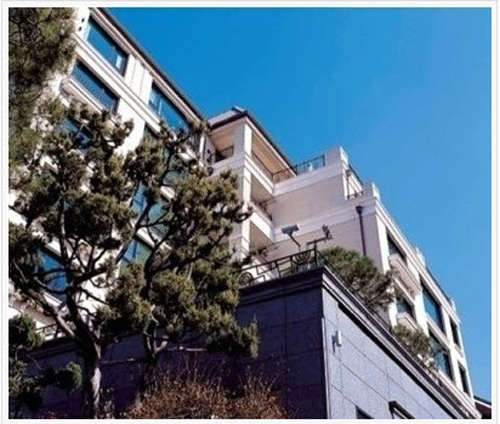 Jang Dong Gun khoe penthhouse đẹp ngất ngây - 11