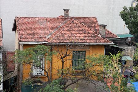 Một biệt thự cũ trên phố Nguyễn Du.Ảnh: Bảo Lâm