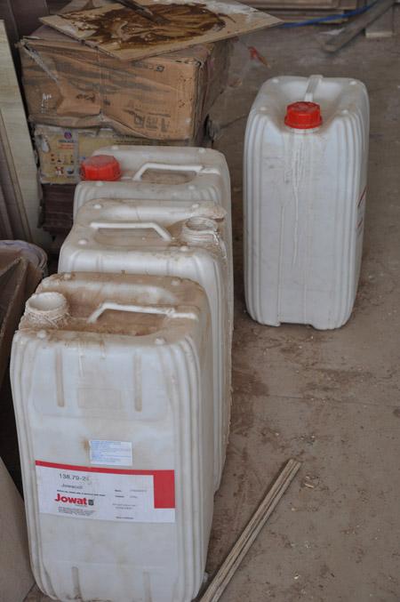 Những can dầu PU là chất dễ gây cháy nổ.