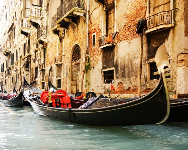 Kết quả hình ảnh cho thuyền Gondola