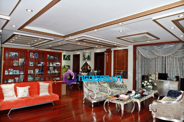 Thêm loạt ảnh nội thất sang trọng trong biệt thự 100 tỷ của Trang Nhung | choáng ngợp,đồ nội thất,sang trọng,đắt tiền,biệt thự,100 tỷ,ca sĩ,Trang Nhung,sao Việt,nhà sang