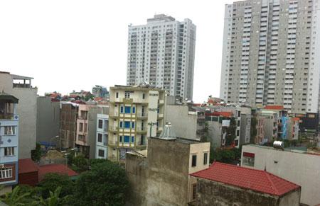Nhiều hộ gia đình, cá nhân mua nhà tại các dự án phát triển nhà ở trên địa bàn quận Hà Đông chưa được cấp sổ đỏ.Ảnh: Thúy Nga
