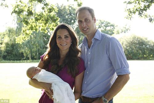 Gia đình Hoàng tử Anh chuyển về nhà mới - 1