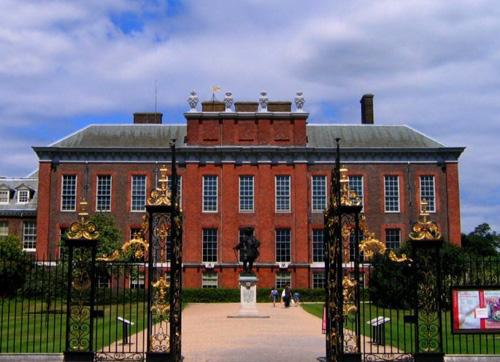 Gia đình Hoàng tử Anh chuyển về nhà mới - 6