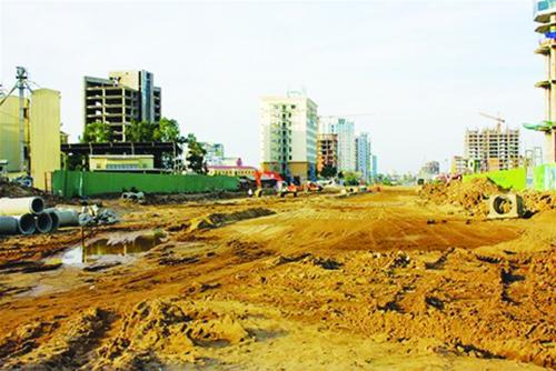 Hàng loạt dự án BĐS ở thành phố lớn bị treo giò Nhà thầu đã khốn khó lại gặp cảnh tréo ngoe